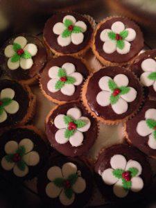 Christmas Pudding Cupcakes