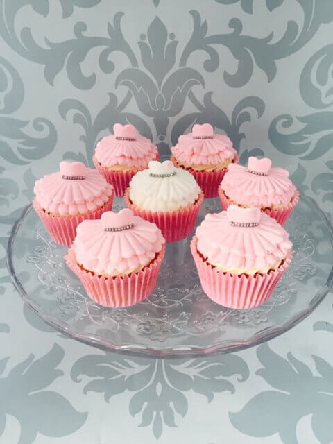 Bride & Bridesmaids Cupcakes